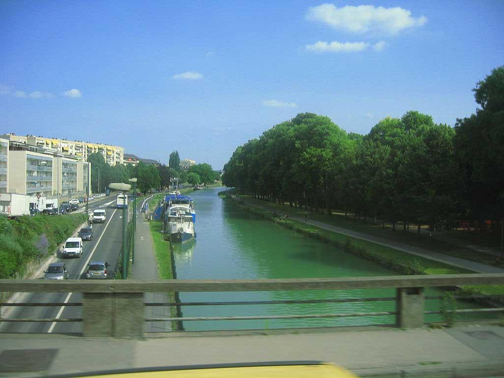 Vesle Canal by Cezar Suceveanu, Wikimedia.org