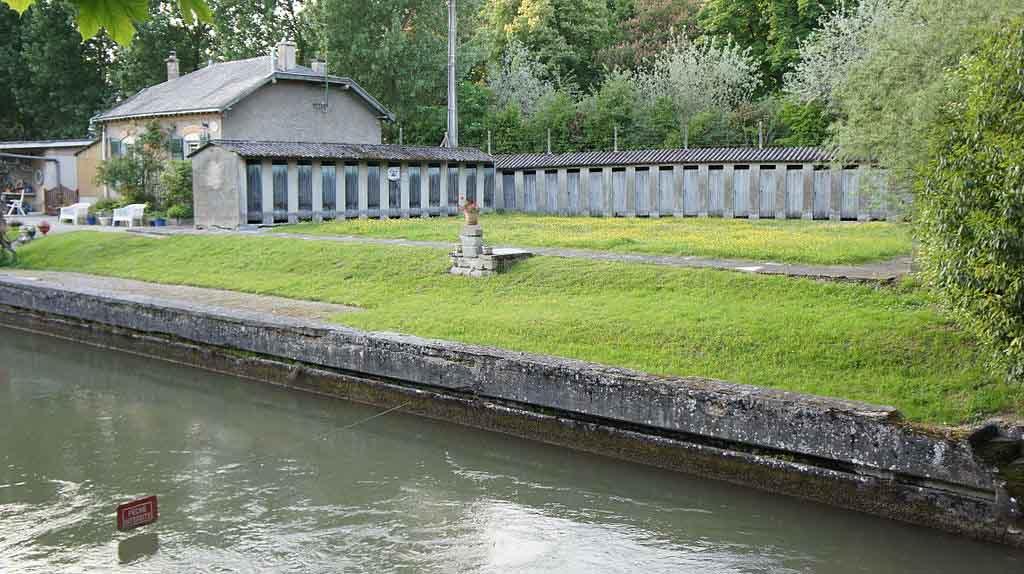 Vesle Canal by G. Garitan, Wikimedia.org