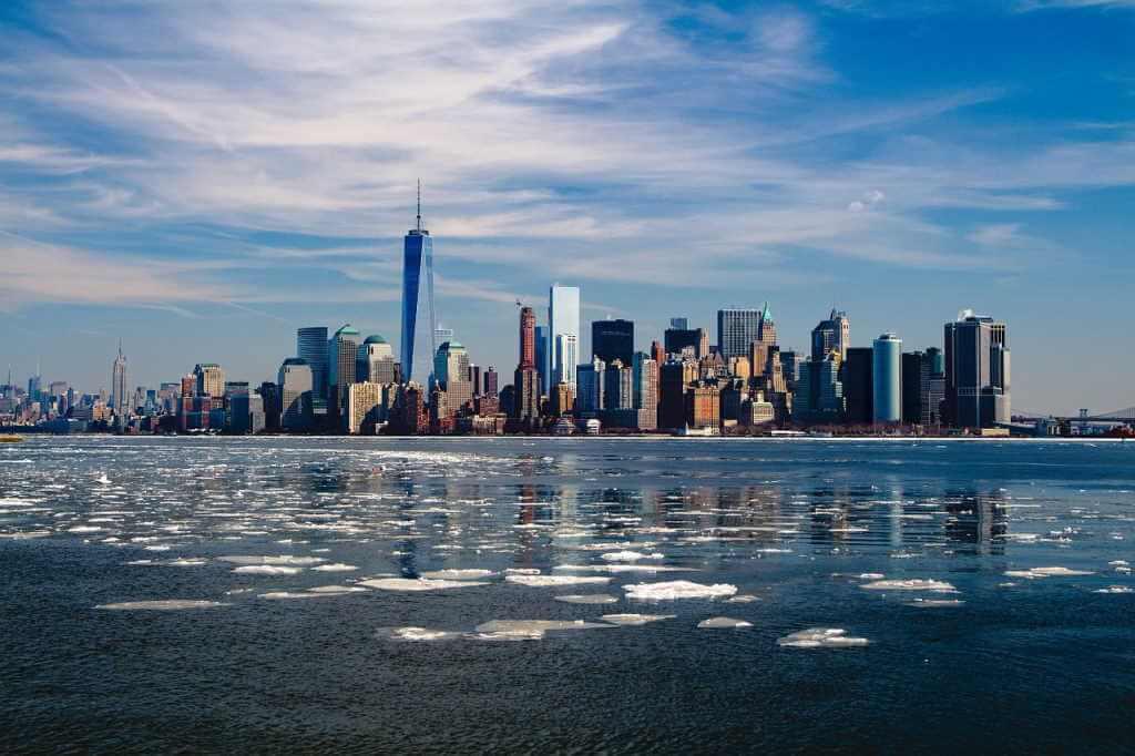 New York, United States -by mpewny/ Pixabay.com