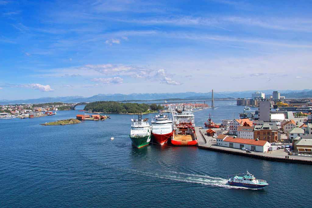 Stavanger Harbor by Guillaume Baviere, Wikimedia.org