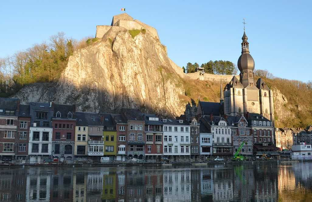 Collegiate Church of our Lady, Dinant, Belgium - by Lanitas-ros / pixabay.com
