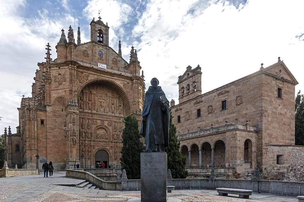 Convento de San Esteban, Salamanca - by alisonhouse780 / Pixabay.com