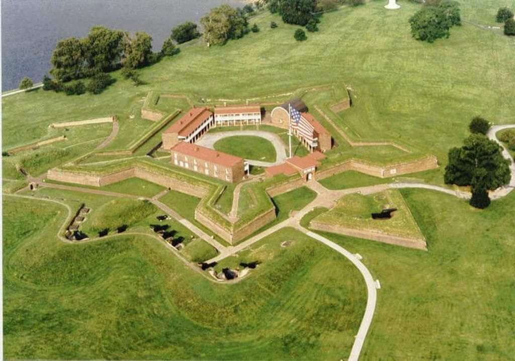 Fort McHenry, Baltimore, USA - by Fort McHenry Social Media Team / wikimediacommons.com