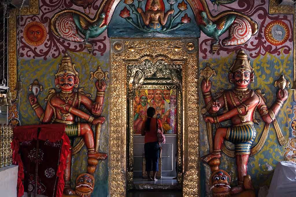 Kataragama Devale, Kandy - Mal B / Flickr.com