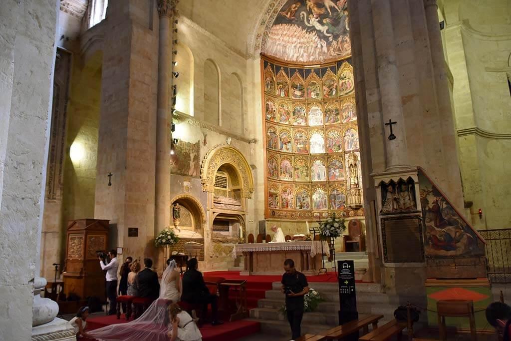 Old Cathedral, Salamanca - by Richard Mortel / Flickr.com
