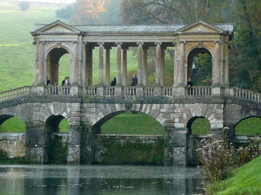 Palladian Bridge, Bath, England - by Dan Taylor-Watt / flickr.com