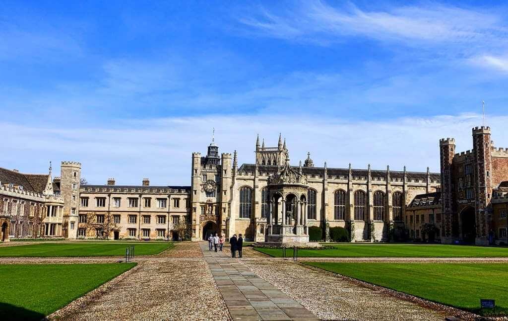 The University of Cambridge, Cambridge, by MemoryCatcher - Pixabay.com.jpg