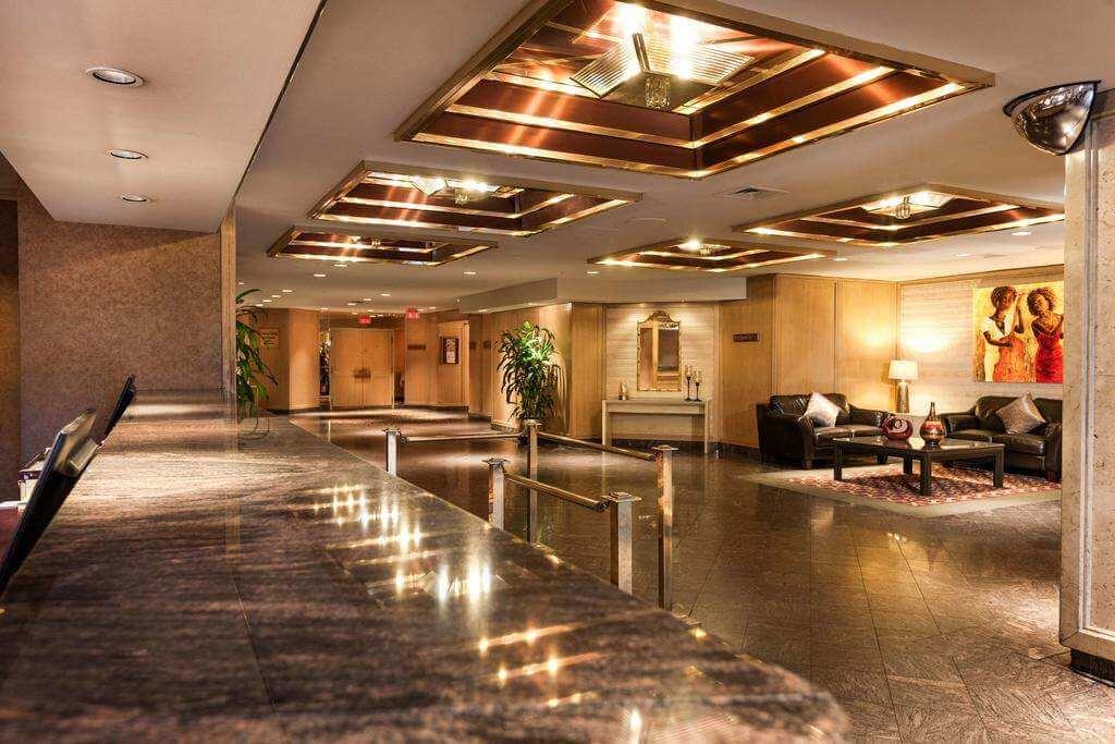 Hôtel Gouverneur Montréal - by Hôtel Gouverneur Montréal - Booking.com