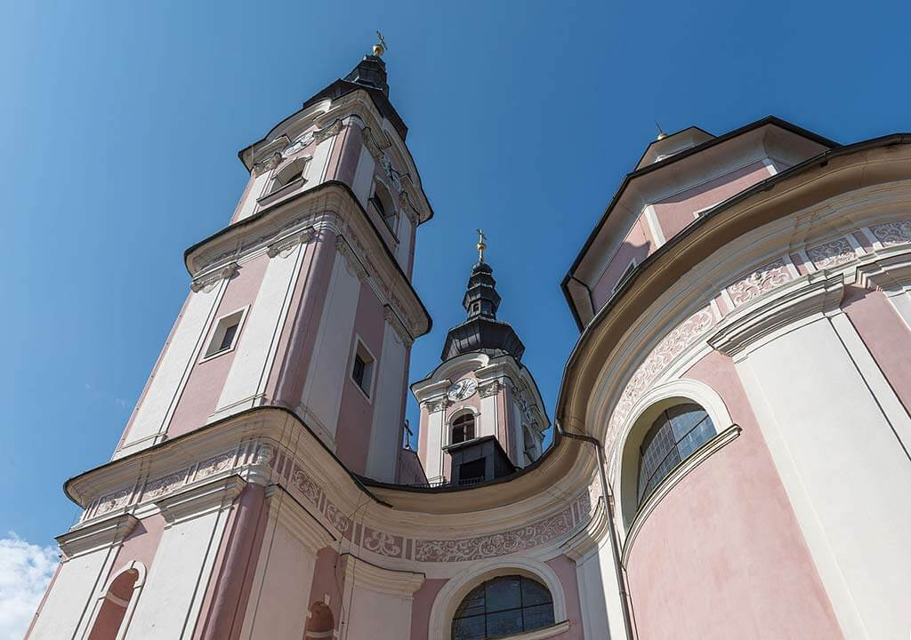 Holy Cross Church, Villach - by Johann Jaritz / Wikimedia Commons