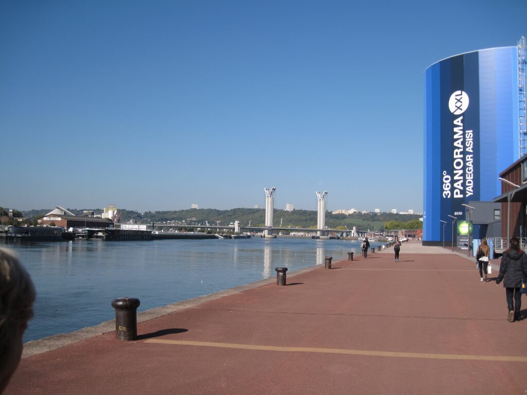 Panorama XXL, Rouen - by Freddy de Hosdent , Wikipedia