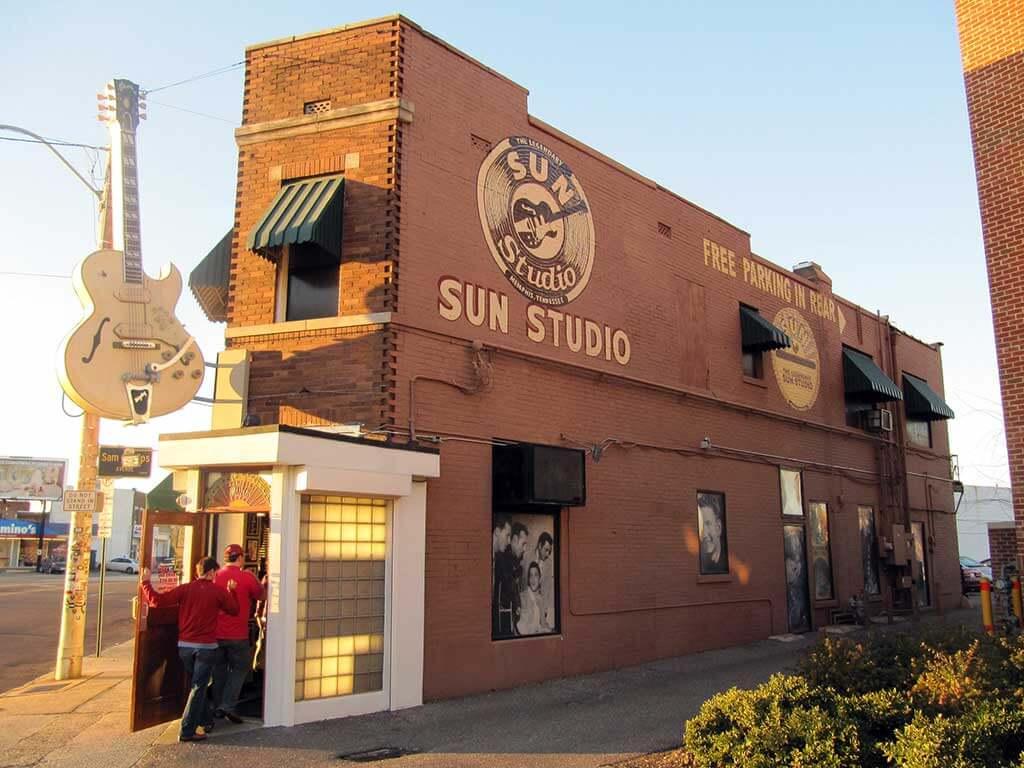 Sun Studio, Memphis - by Mr. Littlehand / Flickr.com