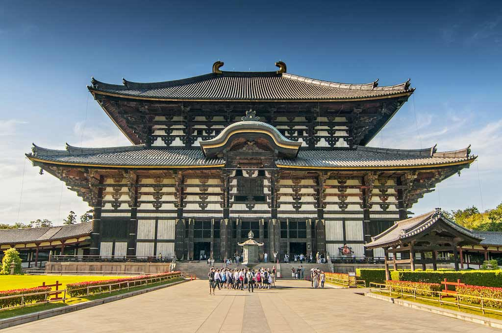 Todaiji Temple, Nara - by Cezary Wojtkowski / Shutterstock.com