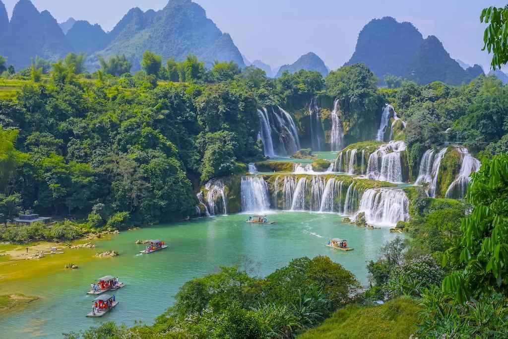 Bon Detian Waterfall, China-Vietnam Border, by 4045/Shutterstock