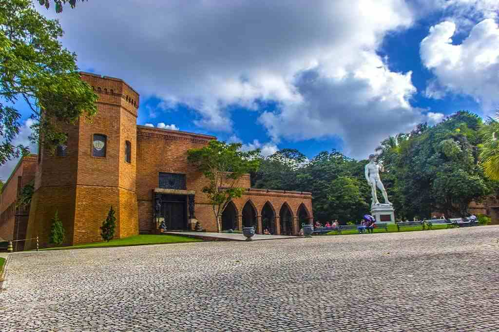 Instituto Ricardo Brennand, Recife by Luc Correia/ Wikimedia Commons