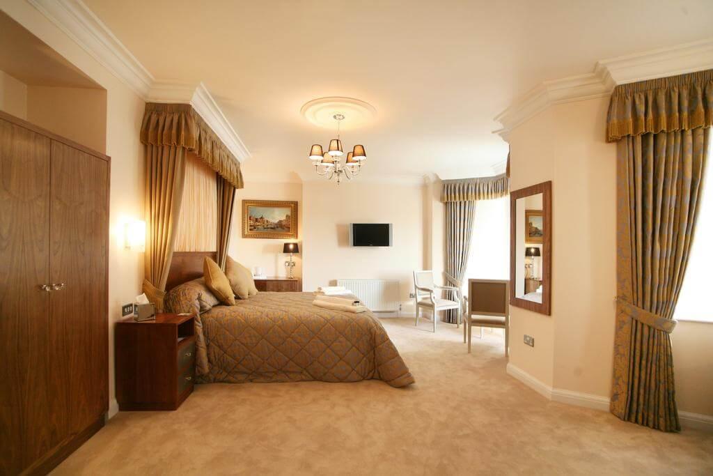 Legends Hotel - by Legends Hotel - Booking.com