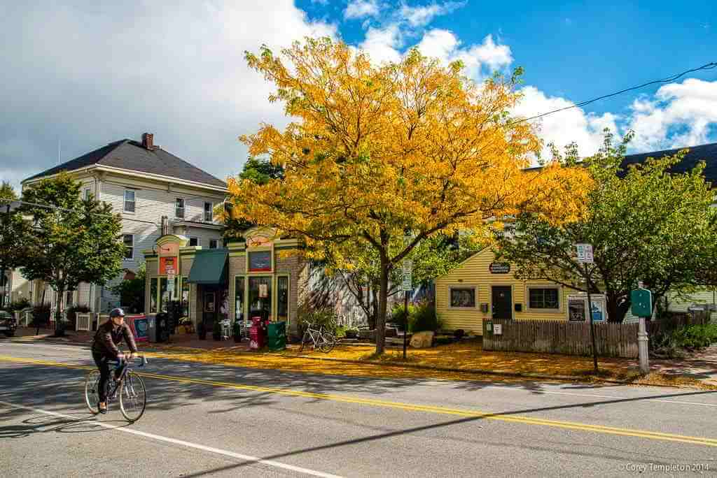 Munjoy Hill, Portland Maine, USA -by Corey Templeton/Wikipedia.org