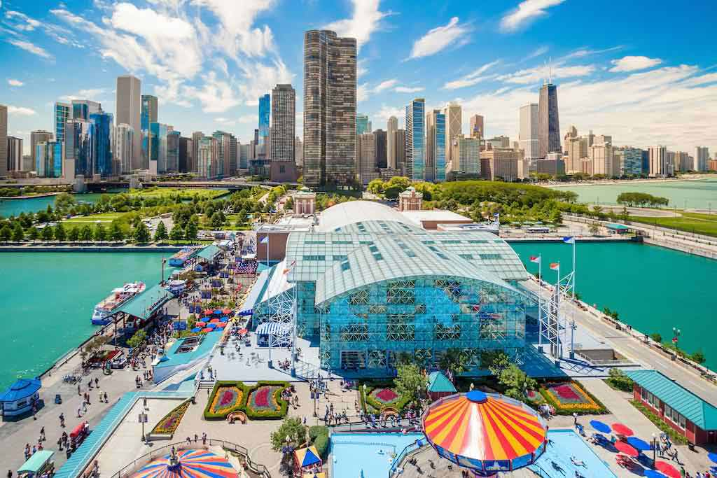 Navy Pier, Chicago - by f11photo / Shutterstock.com