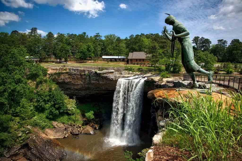 Noccaulula Falls, Alabama, USA -by Pixabay.com