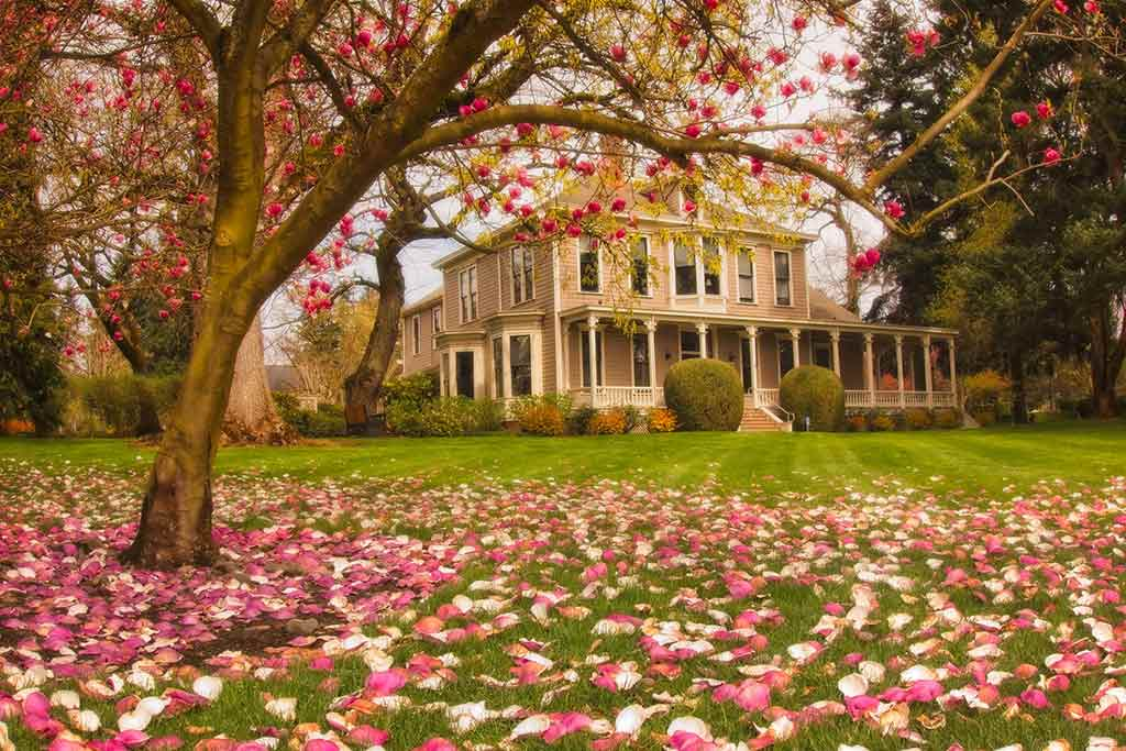 O.O. Howard House at Fort Vancouver, Washington State - by Jim Choate / Flickr.com