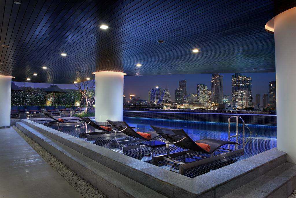 Pool at the gay friendly Hotel Pullman Bangkok G - by Hotel Pullman - Booking.com