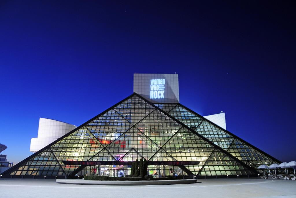 Rock and Roll Hall of Fame, Cleveland, Ohio -by Tony Fischer/Flickr.com