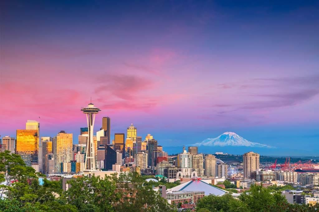 Seattle Skyline, Washington State / Shutterstock.com