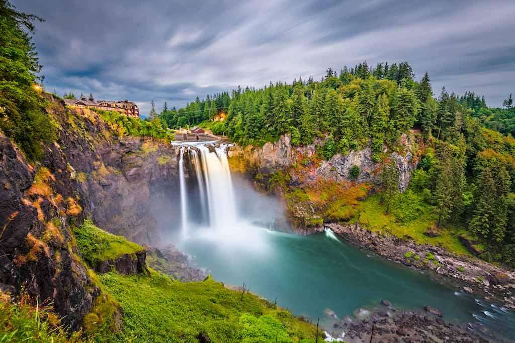 Snoqualmie Falls, Washington State / Shutterstock.com