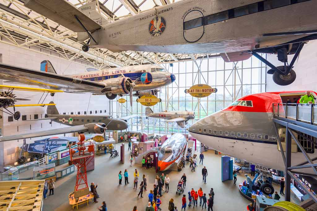 The National Air and Space Museum of the Smithsonian Institution in Washington DC - By Sean Pavone / Shutterstock.com