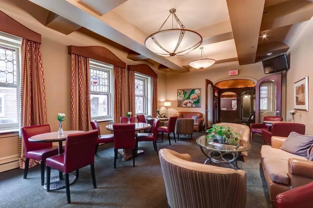 Alexander Inn, Philadelphia - by Alexander Inn, Philadelphia - Trivago.com