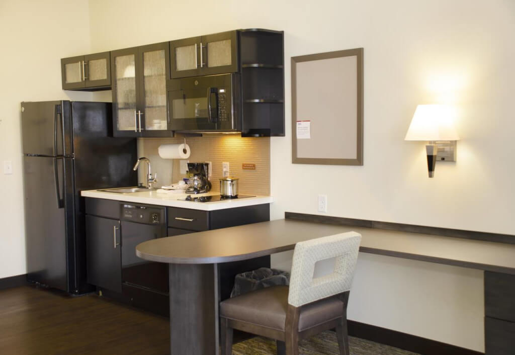 Candlewood Suites Lancaster West - by Candlewood, Booking.com