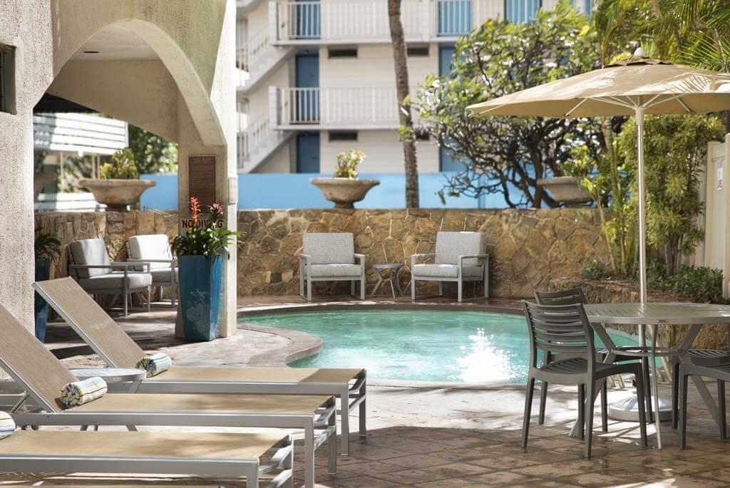 Coconut Waikiki Hotel, Honolulu - Booking.com