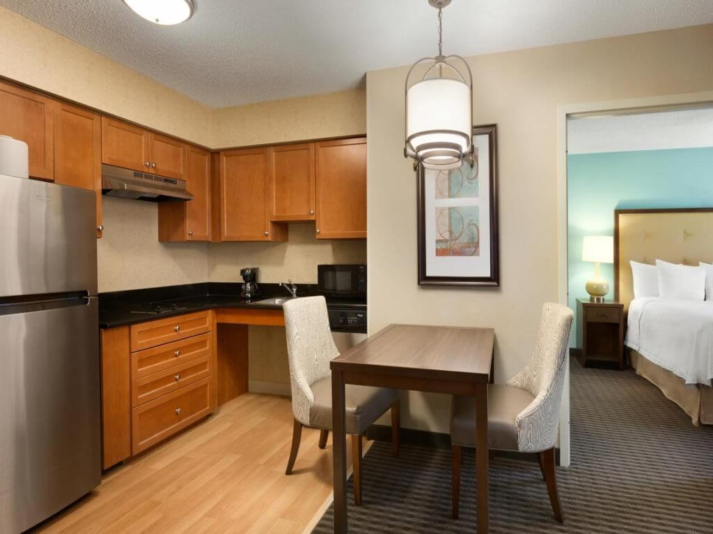 Homewood Suites Houston Westchase / Booking.com