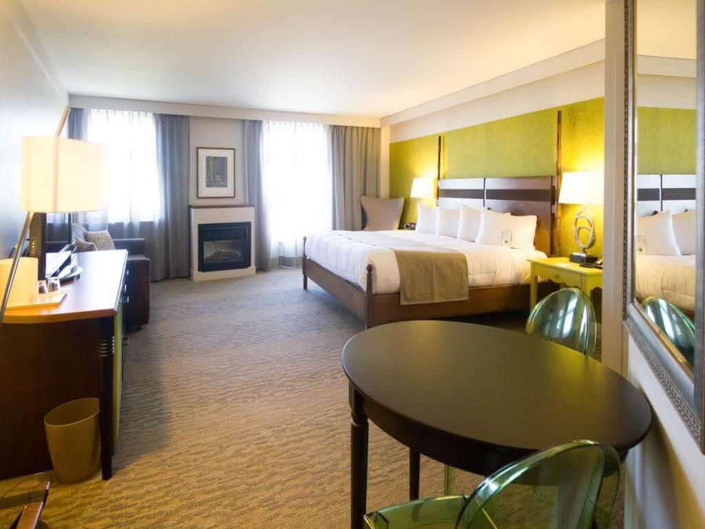 Hotel Champlain, Quebec City / booking.com