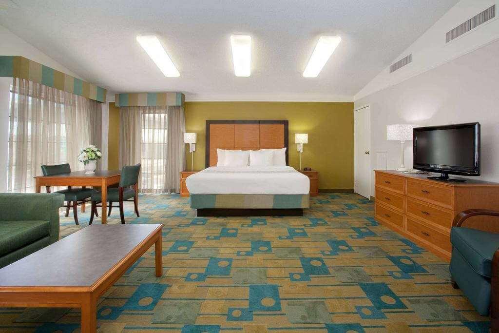 La Quinta Inn, Denver Colorado,USA -by La Quinta Inns/Booking.com