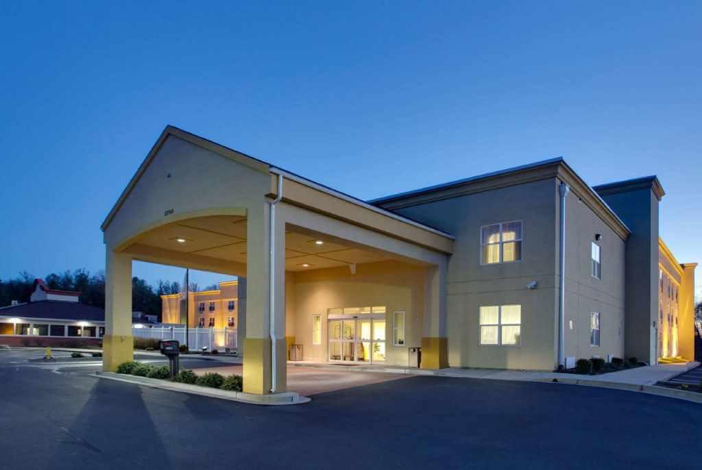 La Quinta Inn & Suites By Wyndham Orlando