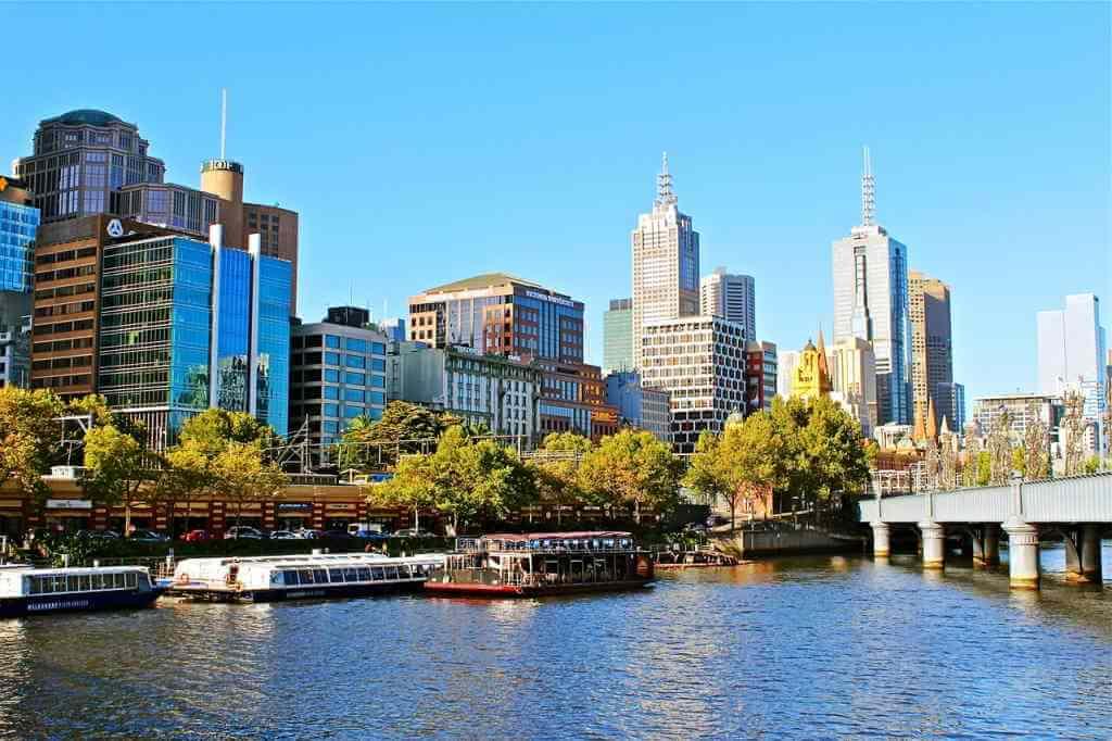 Melbourne, Australia -by Jonny_Joka/Pixabay.com