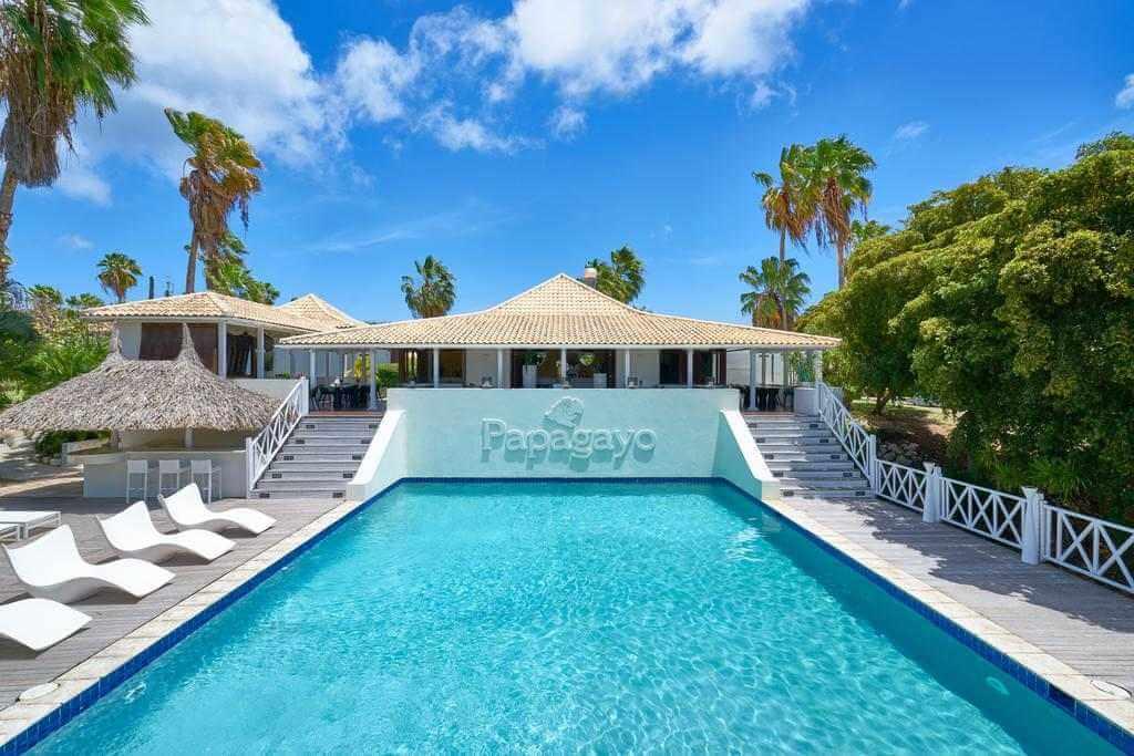 Pet Friendly Papagayo Beach Resort, Curacao - by Papagayo Beach Resort, Curacao - Booking.com