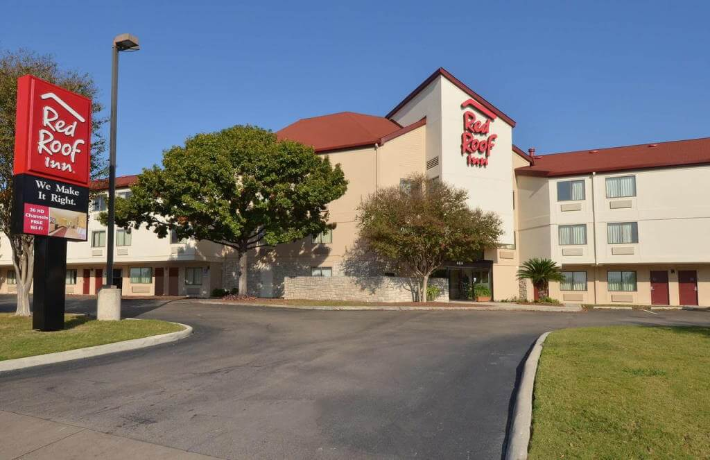 Red Roof Inn San Antonio Airport, San Antonio, Texas - Booking.com