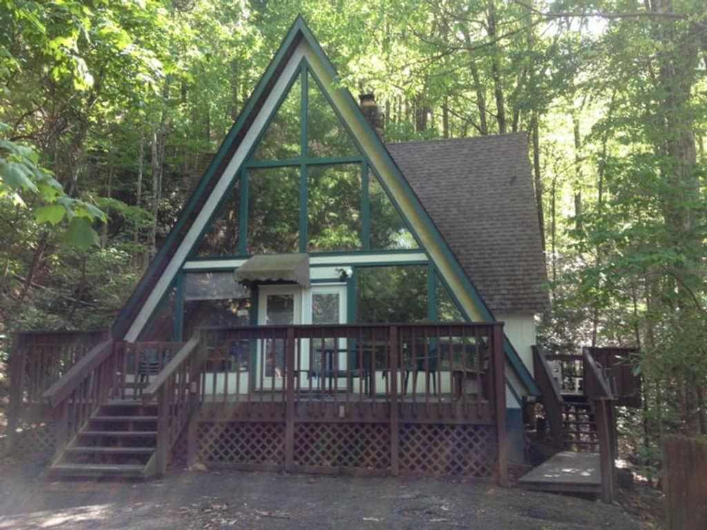 Smoky Bear Hideaway, Gatlinburg - Booking.com