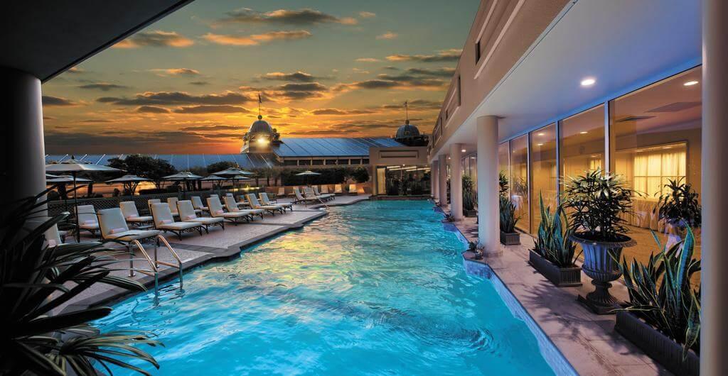 Windsor Court Hotel, New Orleans - by Windsor Court Hotel, New Orleans - Booking.com