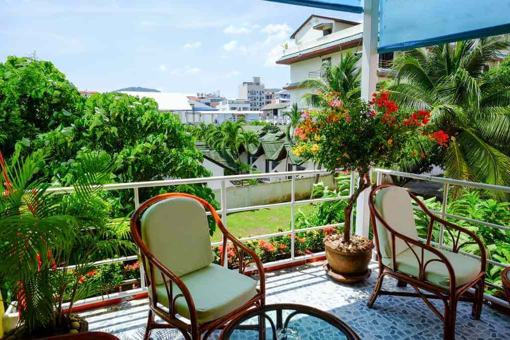 Adonis Guest House, Phuket - Booking.com
