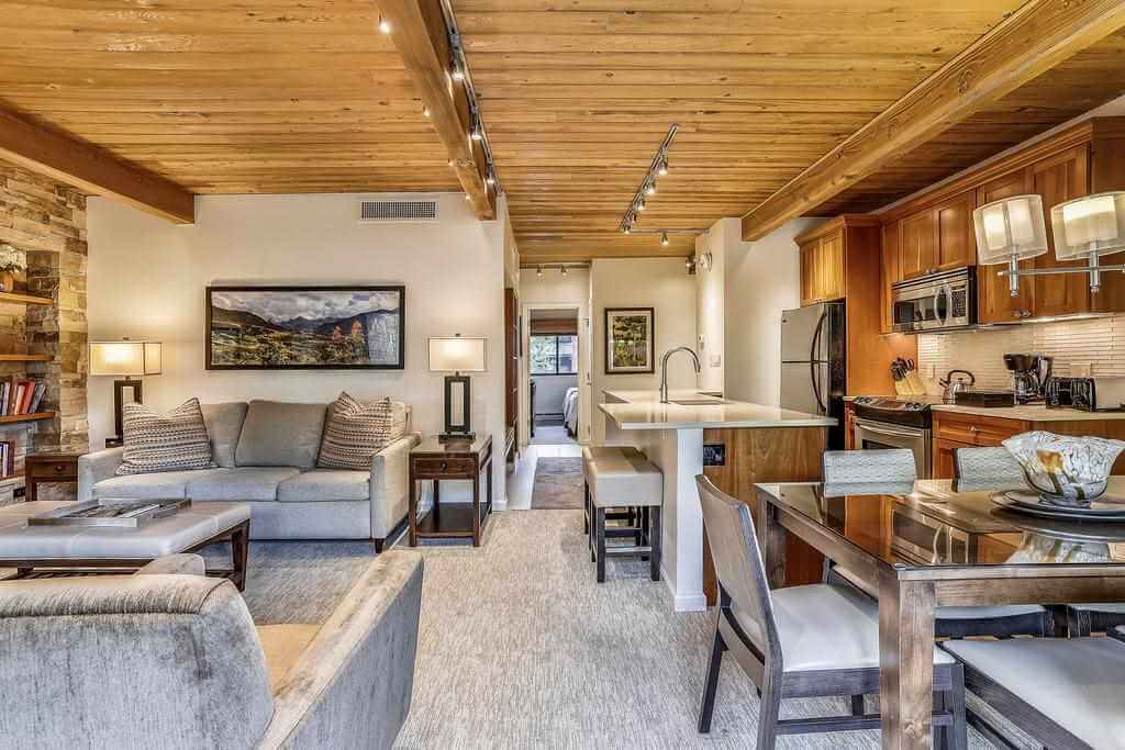 Aspen Square Condominium, Aspen, Colorado, USA - by Booking.com