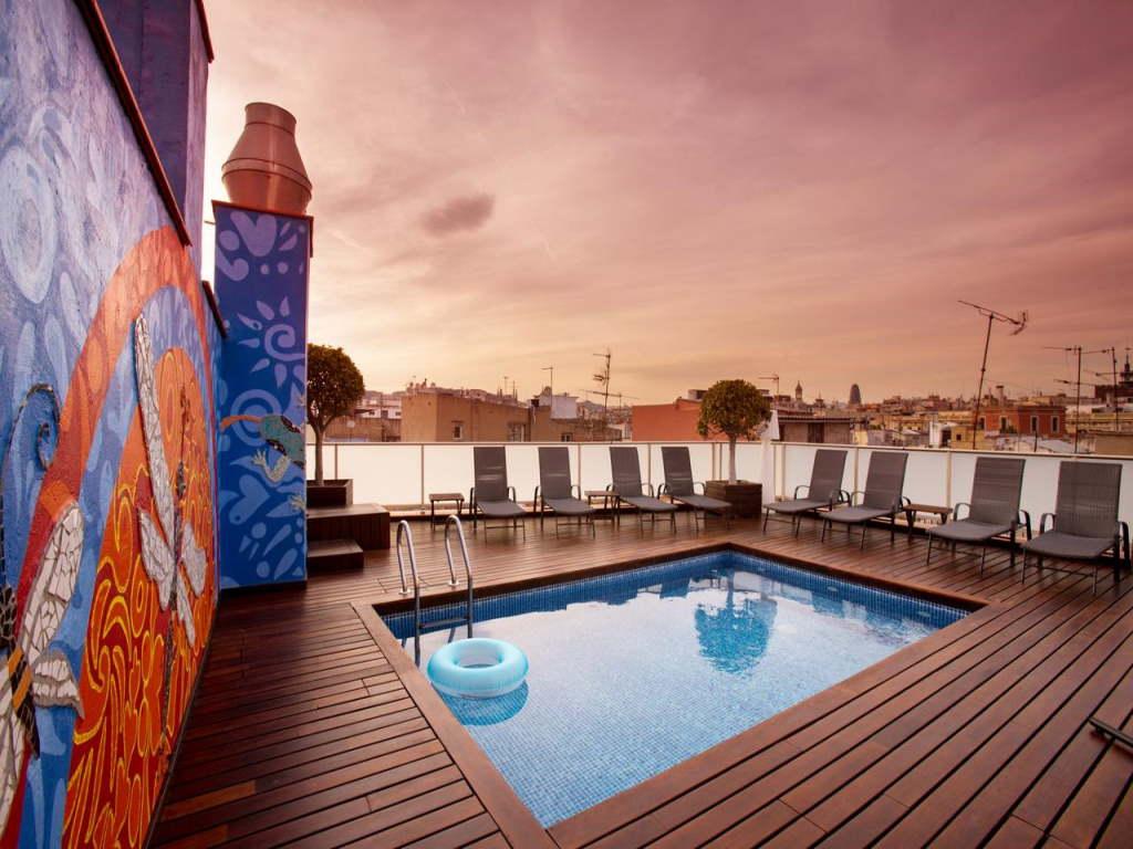 Ciutat de Barcelona – by Booking.com