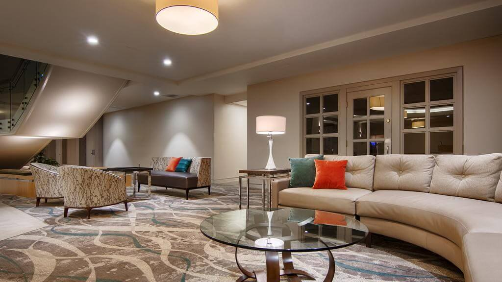 DoubleTree By Hilton Virginia Beach - by Booking.com
