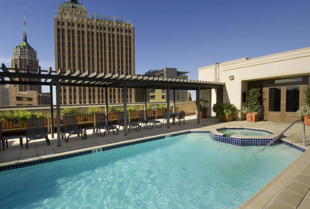 Drury Inn & Suites San Antonio Riverwalk, San Antonio, Texas - by booking.com