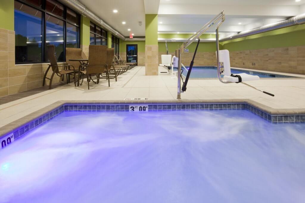 Hampton Inn Minneapolis-Roseville, MN, Minneapolis - by booking.com