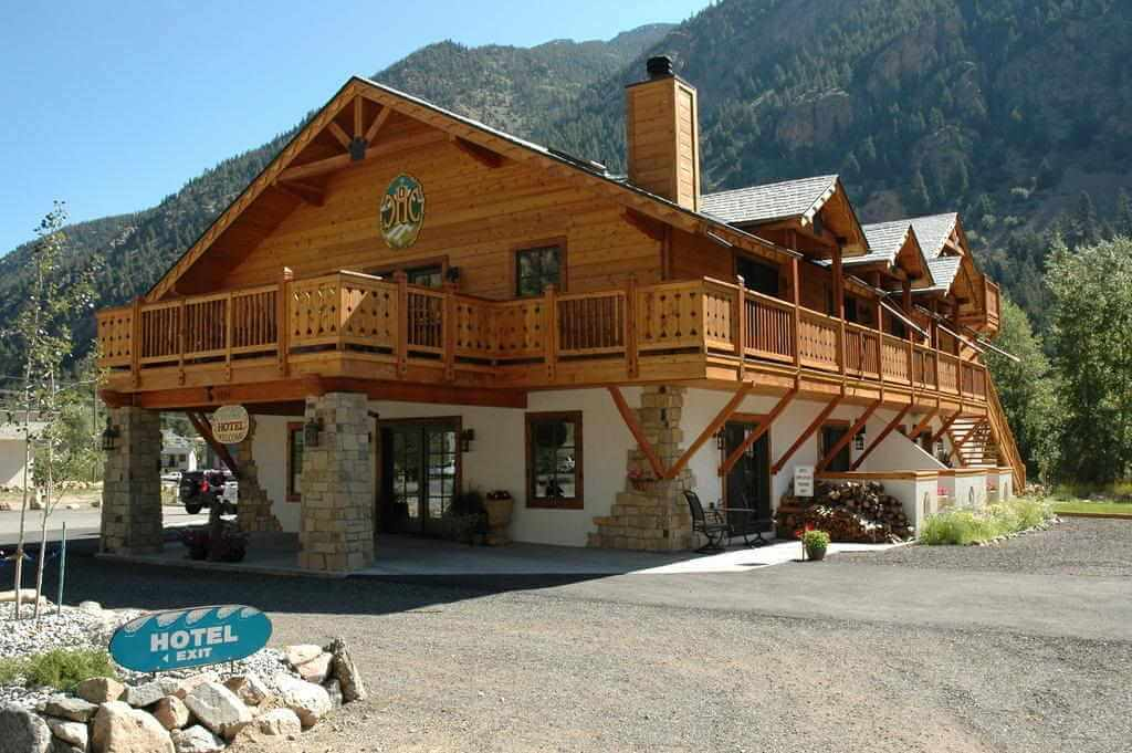 Hotel Chateau Chamonix, Georgetown, Colorado, USA - by Booking.com