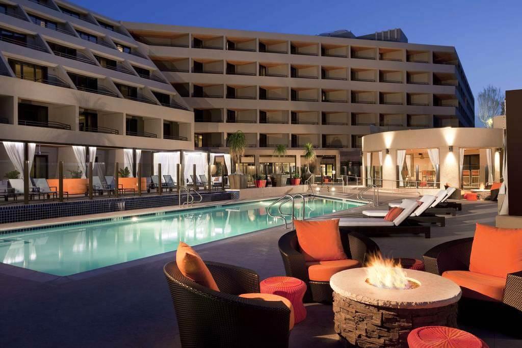 Hyatt Palm Springs - by Booking.com