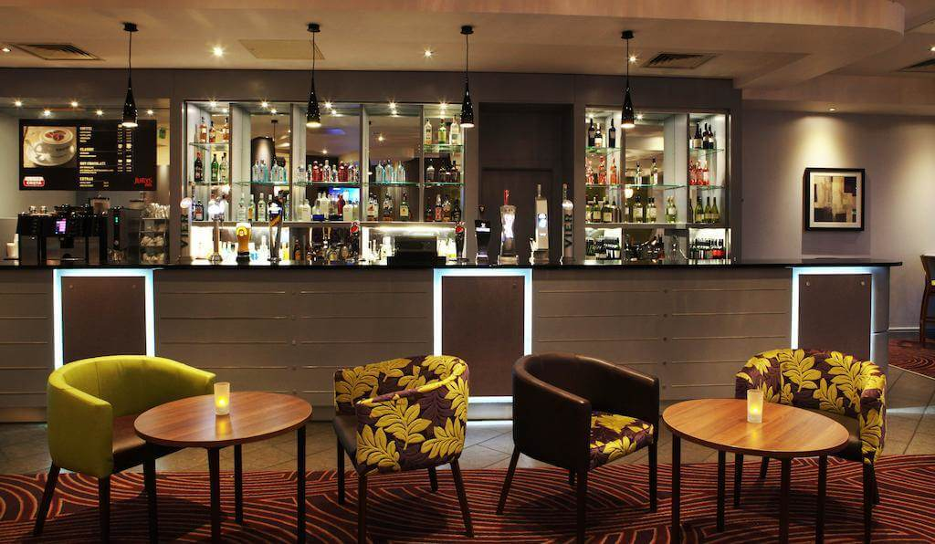 Jurys Inn, Leeds - Booking.com