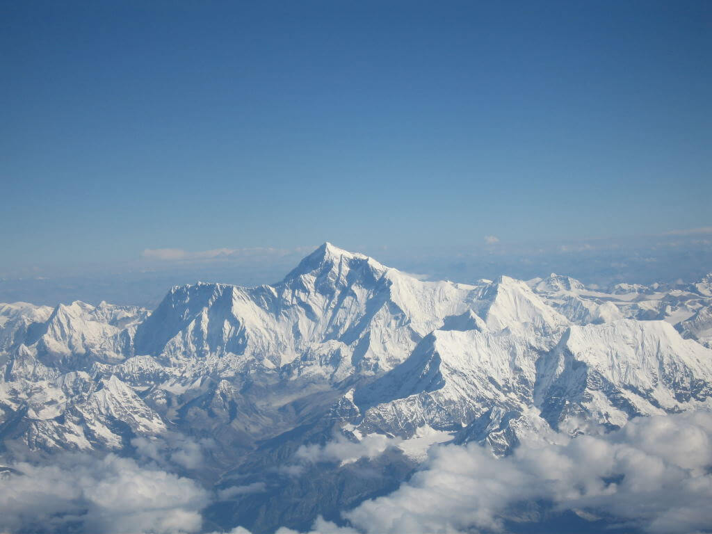 Mount Everest, Asia - by shrimpo1967/wikipedia.org